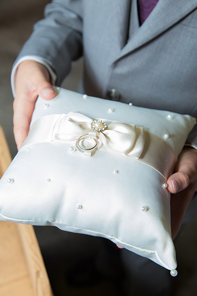 wedding pillow with rings