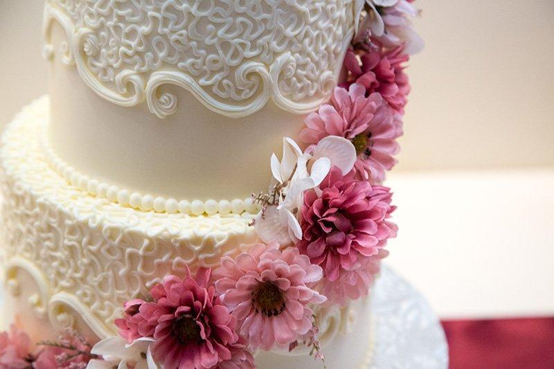 close up for wedding cake