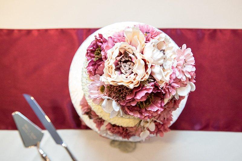 wedding cake from a bird's eye view