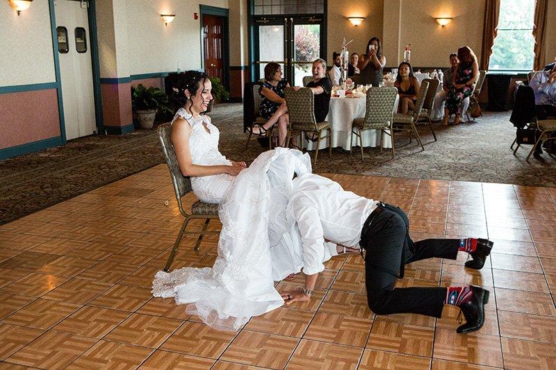 groom gets the bride's garter