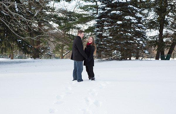 snow wedding pose